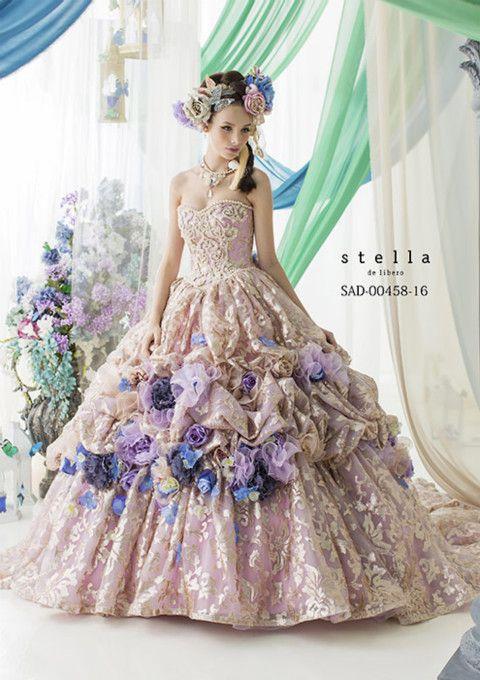 Beautiful, wish women still wore dresses like thsese