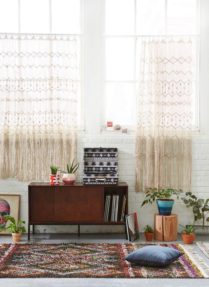 .Woven Drapes + Mid Century Furniture + Turkish Rugs = my dream room!!!
