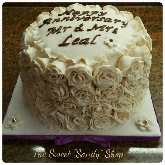 Handmade edible rosets anniversary cake