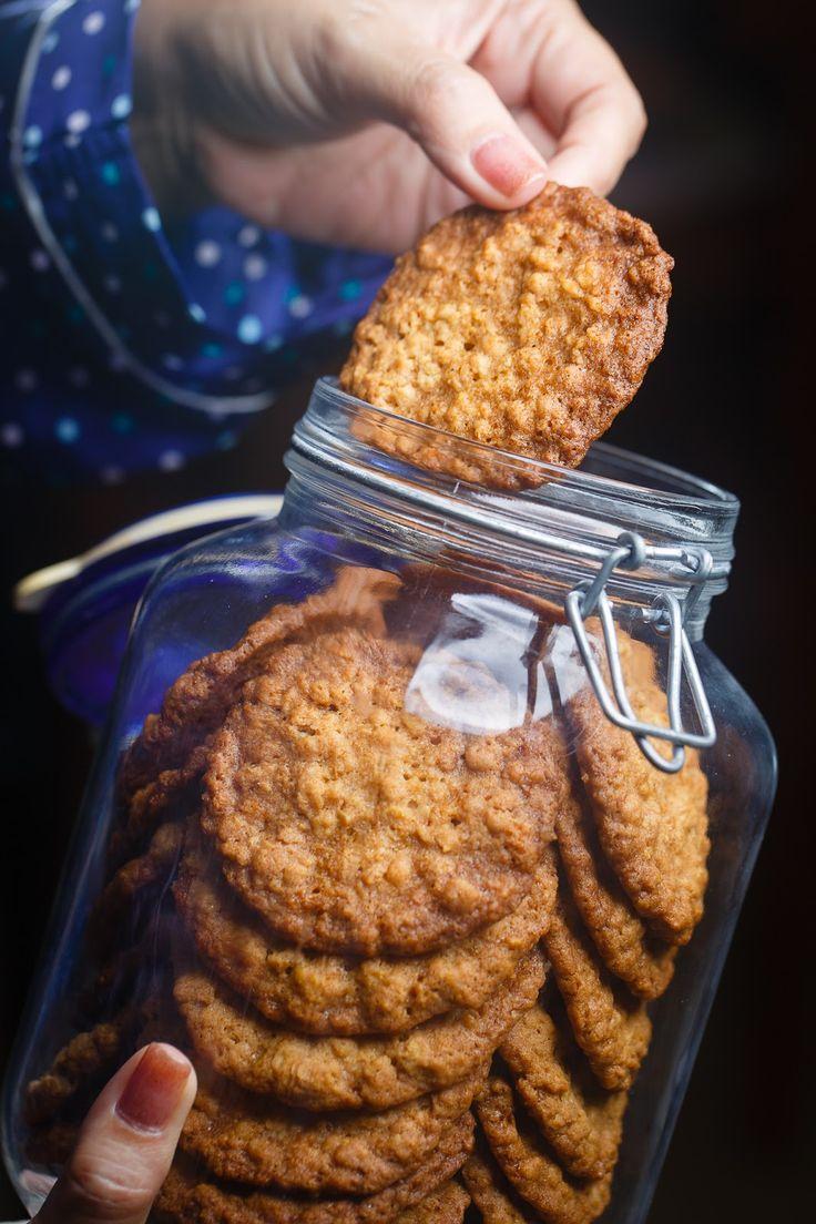 kruizing with kikukat: Cookie Jar: Crispy Rice Krispies Cookies