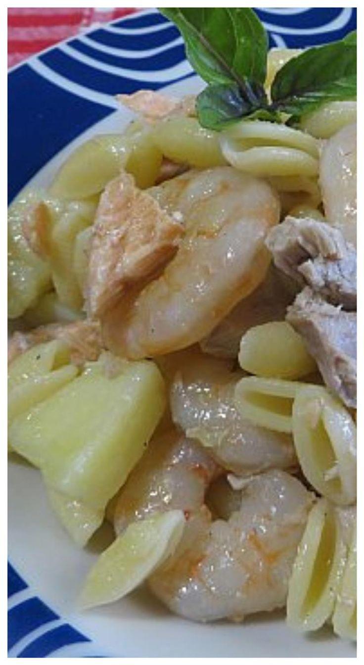 Gnocchetti freddi con condimento di pesce e patate! #pastafredda #patate #pesce #ricettegustose