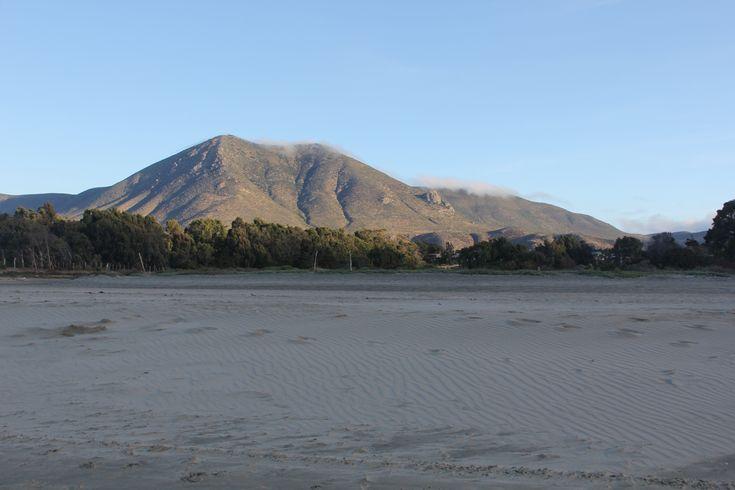 Pichidangui, cerro Santa Inés de 689 metros de altitud.