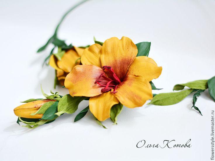 Купить Комплект украшений из кожи Солнечные лилии цветы рыжие - оранжевый, колье из кожи