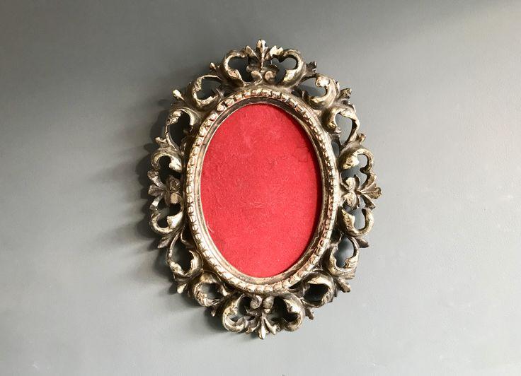 Vintage Oval Picture Frame Metal Silver #vintage #frame #ovalframe #rococo