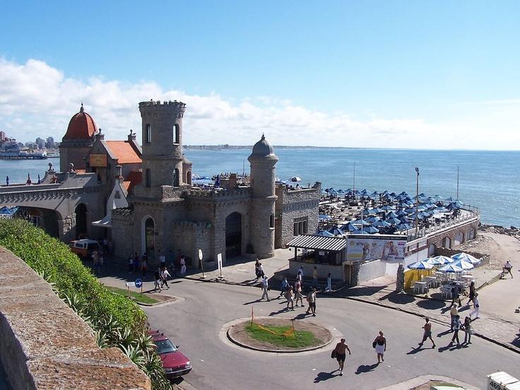 Torreón del Monje en Punta Piedra, Mar del Plata - Argentina