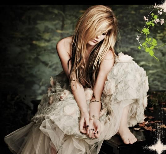 Avril Lavigne - Goodbye Lullaby Photos