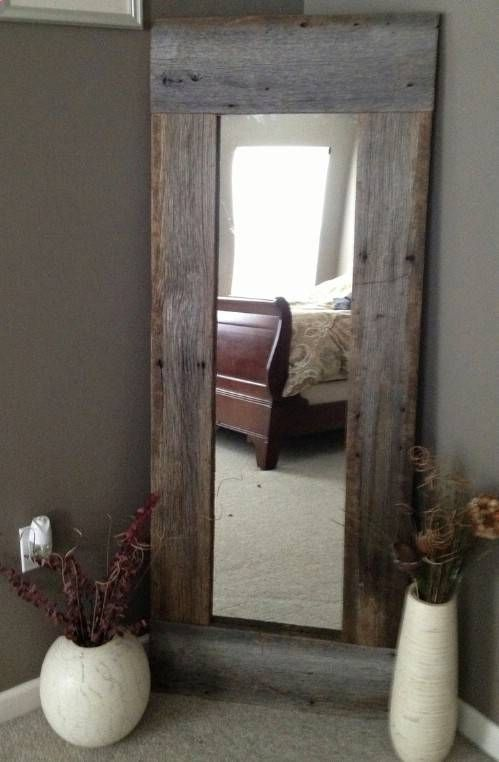 40 Rustic Home Decor Ideas You Can Build Yourself - Page 7 of 9 - DIY & Crafts. Use pallet slats for less weight on back of door.