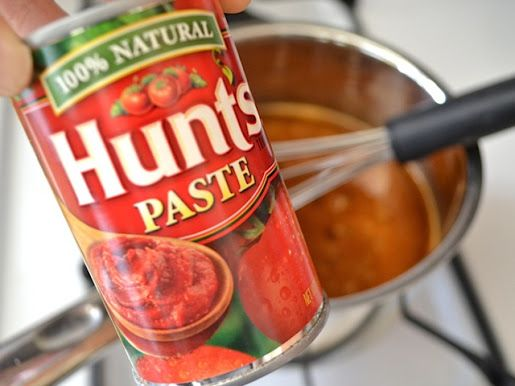 Homemade enchilada sauce •2 Tbsp vegetable oil $0.10 •2 Tbsp all-purpose flour $0.02 •2 Tbsp chili powder $0.30 •2 cups water $0.00 •3 oz. tomato paste $0.27 •½ tsp cumin $0.03 •½ tsp garlic powder $0.03 •¼ tsp cayenne pepper $0.02 •¾ tsp salt $0.03