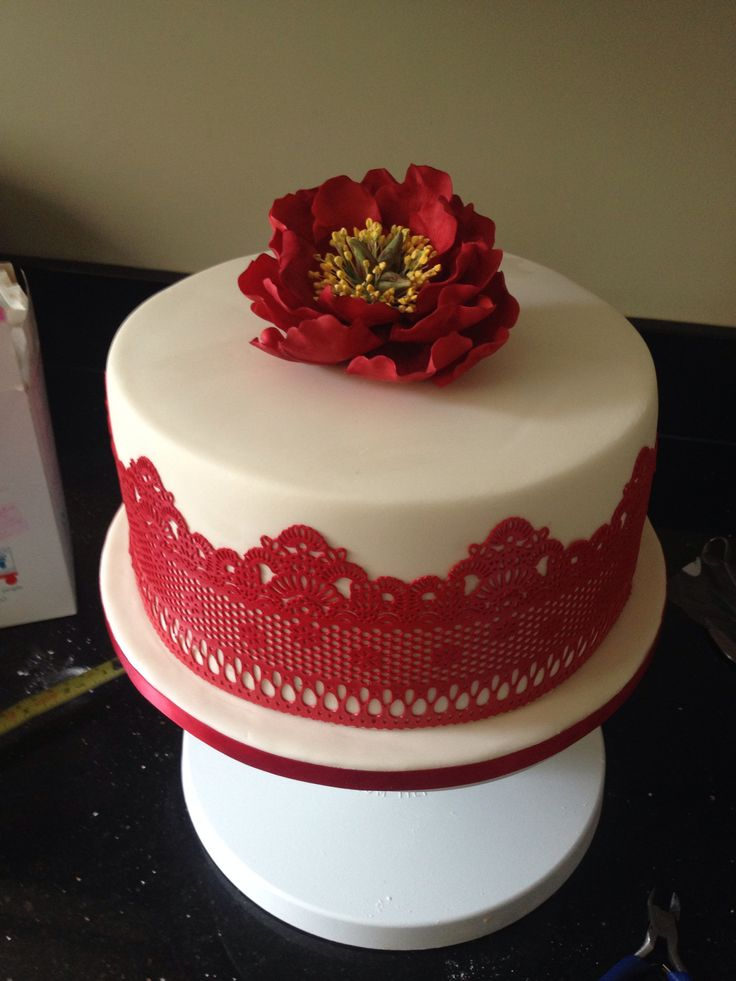 Cake Decorations For Ruby Wedding Anniversary : Best 25+ Ruby wedding cake ideas on Pinterest Ruby ...