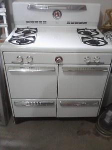 Antique Vintage Magic Chef Gas Range Stove Oven Late