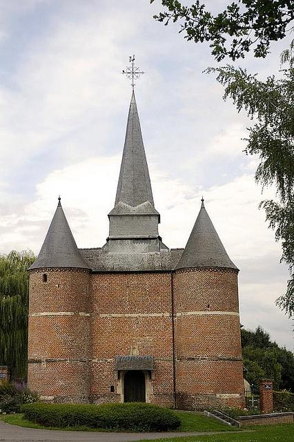 eglise fortifiees de Gronard Thierache Aisne France