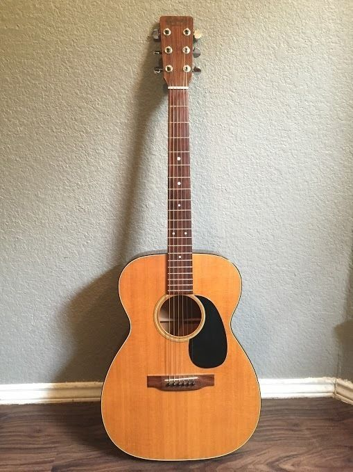 Vintage Martin 1973 00-18 w/ original case-used acoustic guitar for sale #Martin