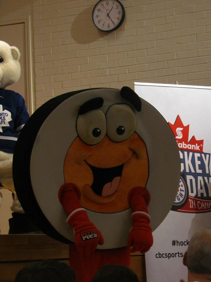 Iconic mascot Peter Puck stops by a school in Peterborough.
