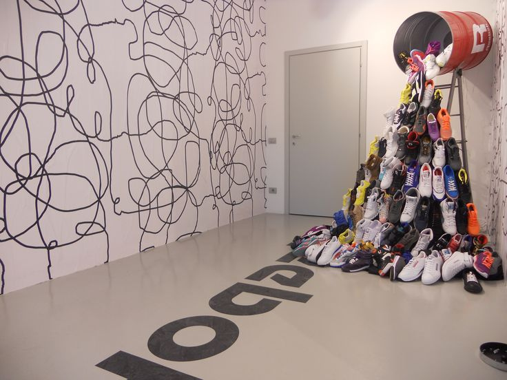 #reebok #jkrproductions #showroom #monza #setup #shoes #sport