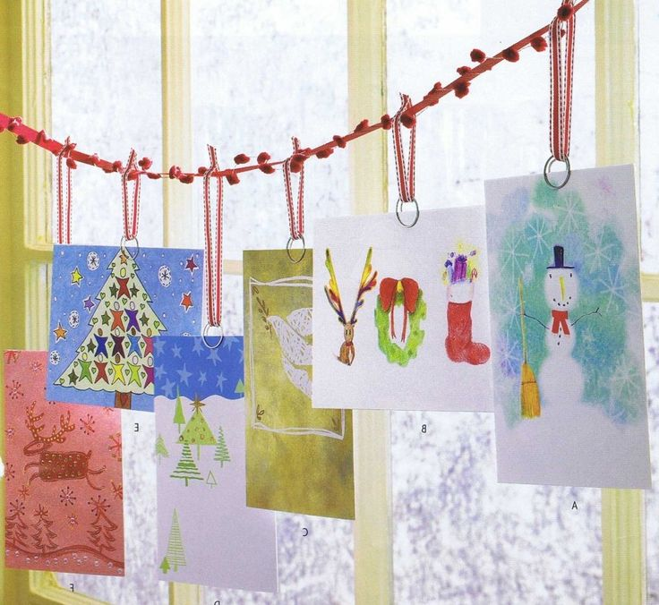 ideas awesome diy christmas card display with hang the cards on holiday christmas card. Black Bedroom Furniture Sets. Home Design Ideas