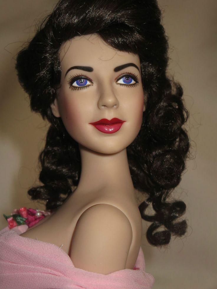 224 Best Dolls Images On Pinterest Madame Alexander