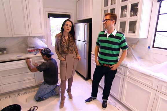 Mary MCDonald and Nate Turner! God I miss this show!  Watch Million Dollar Decorators Season 2 | Indecisive Mary
