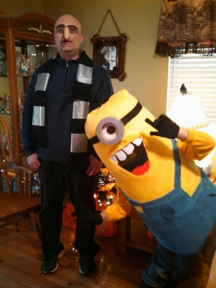 awesome halloween costume made by my best friend for her husband and son despicable me