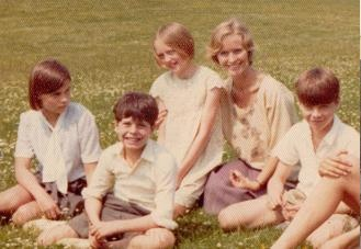 Suzanna Hamilton, Stephen Grendon, Sophie Neville, Virginia McKenna and Simon West at Holly Howe ~ Bank Ground Farm near Coniston in Cumbria during the filming of SWALLOWS & AMAZONS in 1973