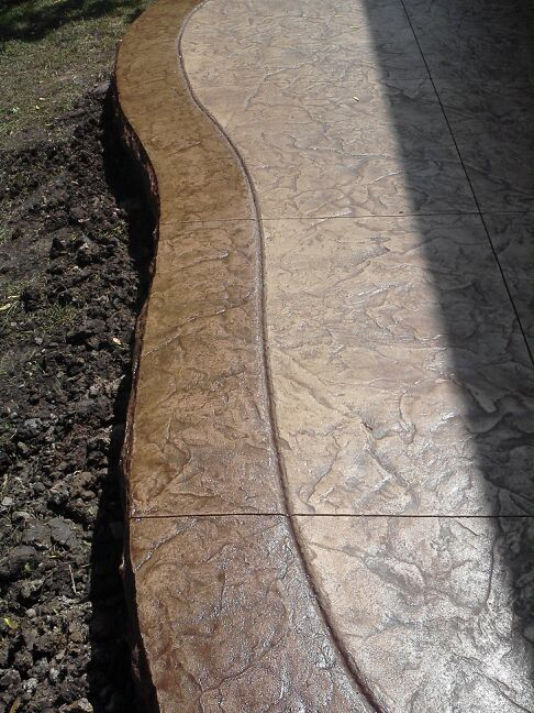 Stamped concrete patio with boarder