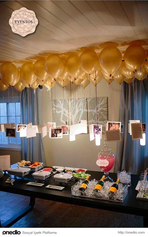 Balonların ucuna bağlayacağınız fotoğraflarla hoş sürprizler yapabilirsiniz.