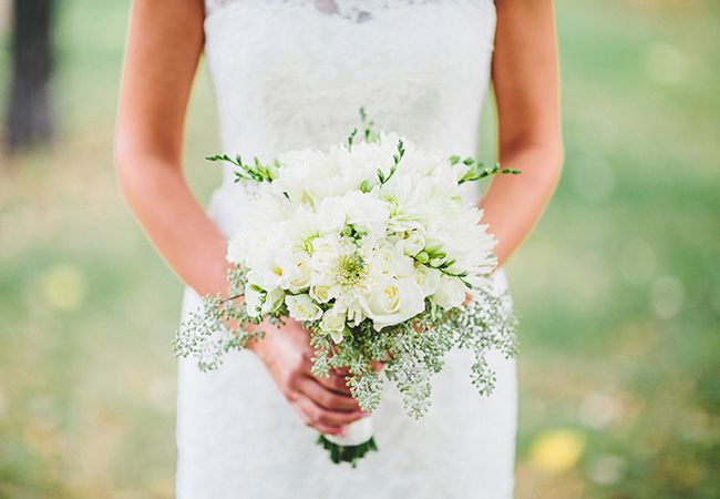 white bridal bouquet with eucalyptus | Matt Lien Photography | Blog.theknot.com