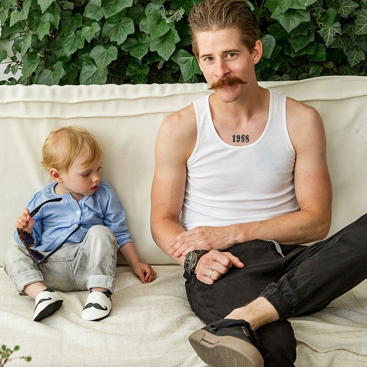 http://www.liliputibabycarriers.com/soft-leather-baby-shoes/moustache
