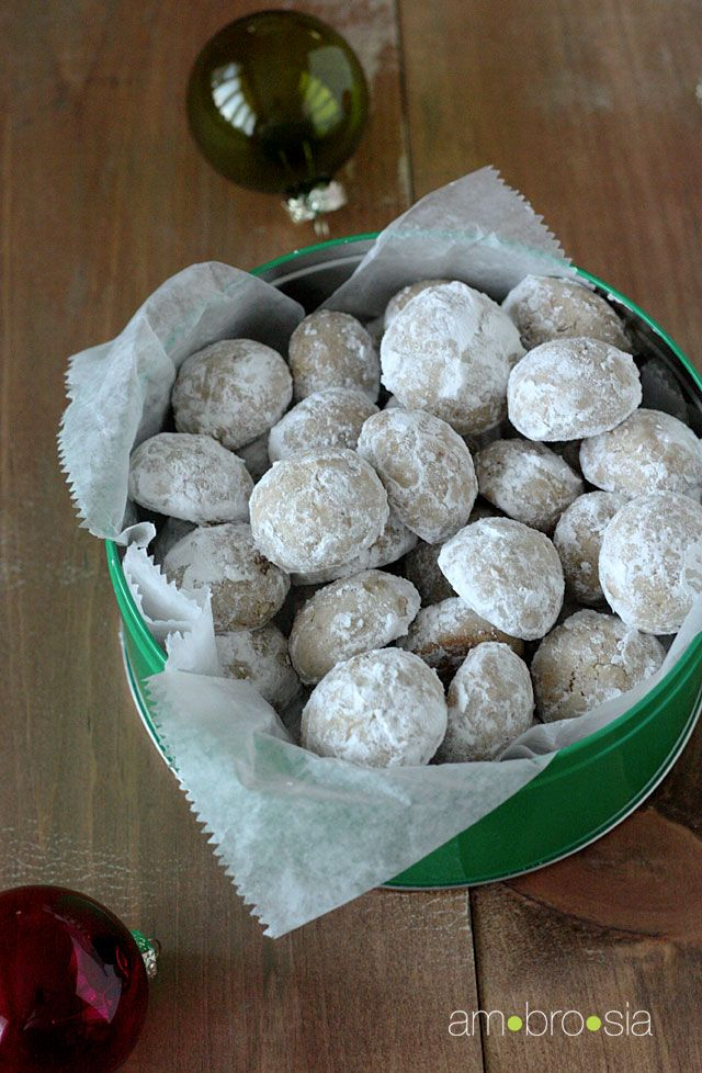 ambrosia: Mexican Wedding Cookies