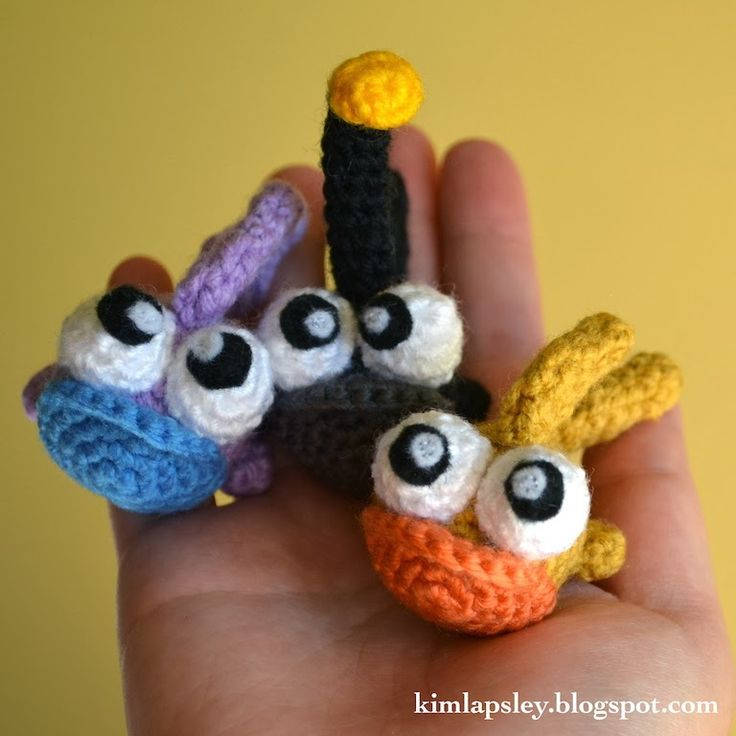 Kim Lapsley Crochets: Baby Fish Tutorial ༺✿ƬⱤღ https://www.pinterest.com/teretegui/✿༻