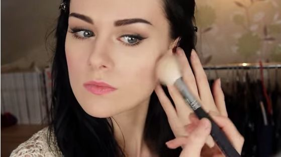 Sweet and Simple Makeup Tutorial http://tips4goodlooks.blogspot.com/2015/05/sweet-and-simple-makeup-tutorial.html