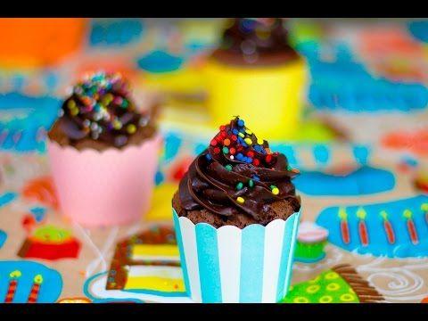 Cupcake de chocolate super fácil - Fernanda Quatrocchi (FeGourmet Oficial) #62 - YouTube
