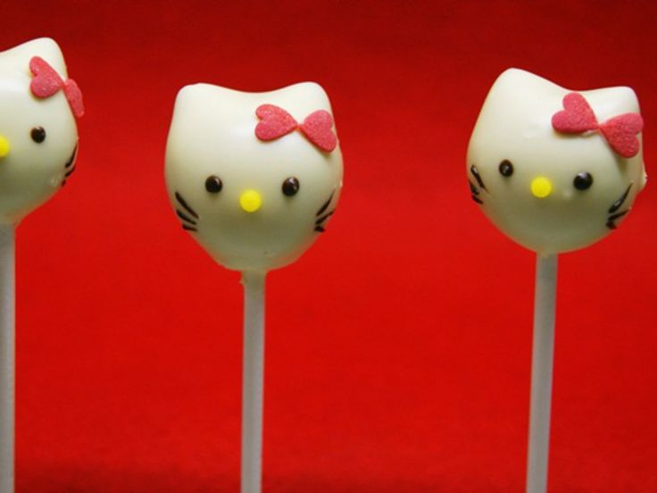 Różane cake pops Hello Kitty