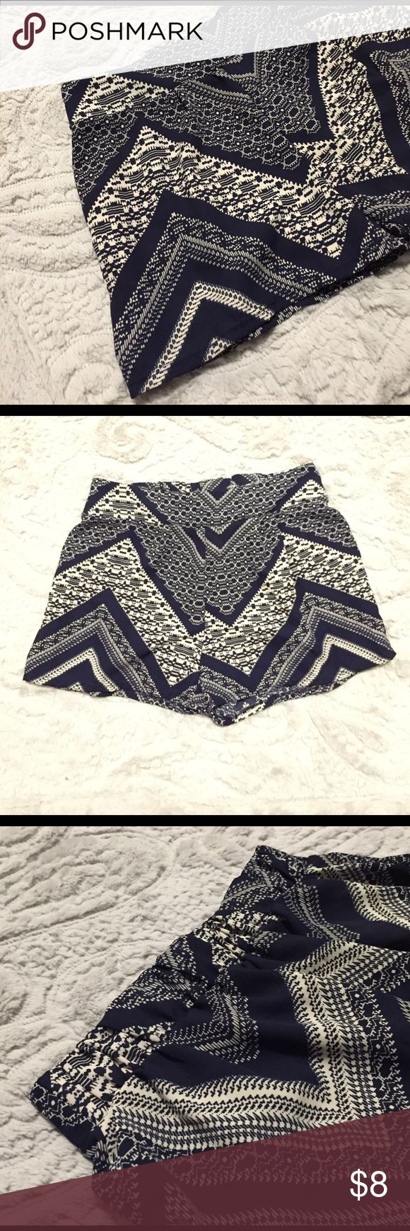 Body Central abstract chevron Polyester shorts Body Central abstract chevron Polyester shorts. No size tag but they are a small. These were gifted to me by the buyer for Body Central so they were used as a prototype. So cute and lightweight, just don't fit me... snag these for your spring break vaca! Body Central Shorts