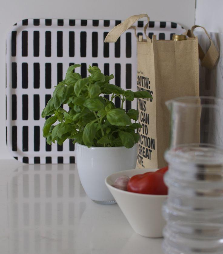 syyskuunkuudes keittiö // kitchen details