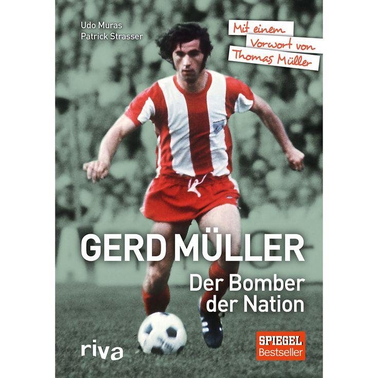 Als Gerd Müller am 7. Juli 1974 sein letztes Länderspiel-Tor schoss, lag sich das ganze Land in den Armen. 2:1 gegen die Niederlande. Deutschland war zum zweiten Mal Weltmeister. Dank eines typischen Müller-Tores; aus der Drehung, ebenso unspektakulär wie unhaltbar. Dass er in der Nacht nach dem Finale angeblich aus Ärger über den DFB zurücktrat, ist eine jener Legenden, die dieses Buch aufklärt. Auch dass er den frühen Rücktritt bereut hat und nur auf einen Anruf des Bundestrainers gewartet…