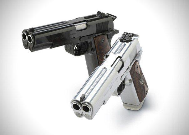 AF2011-A1. Двуствольный пистолет!