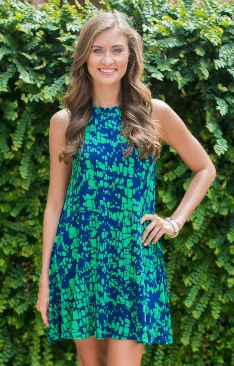 All or Nothing Dress by Hourglass Lilly 667CRKGRNNYV is a stunningly classic shift! Easy and simple for Summer nights, this is a cute look in navy and green!