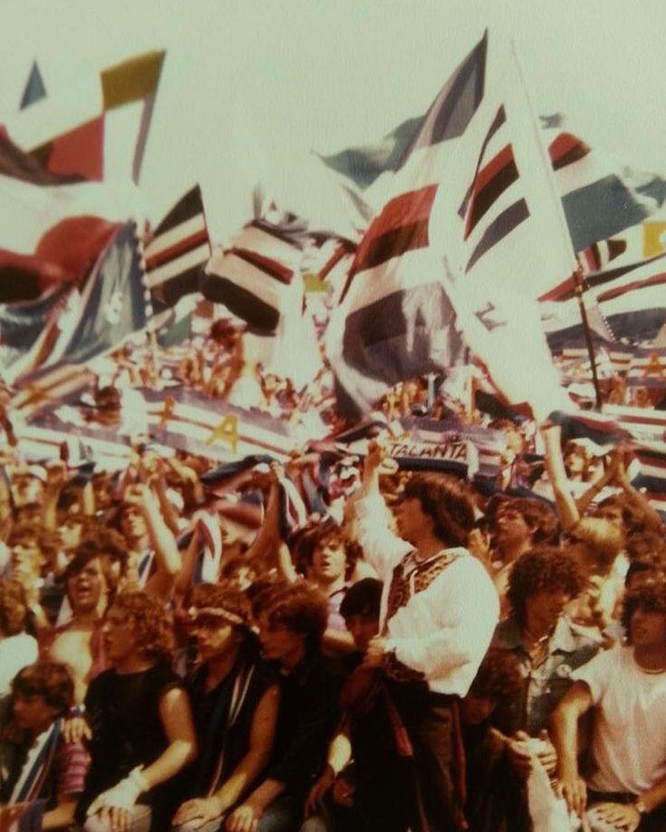 SAMPDORIA-Rimini 81/82 Festa promozione in serie A #ultras #sampdoria #samp #utc #anni70 #genova #marassi #noalcalciomoderno #againstmodernfootball #nopyronoparty #mentalitaultras #mentalita #football #seriea #serieb #rimini #fans #hooligans #barras #barrasbravas #supporters #ultrasitalia #italy #fedelissimi #ultrastito #digosboia #acab by foto_ultras_italiani
