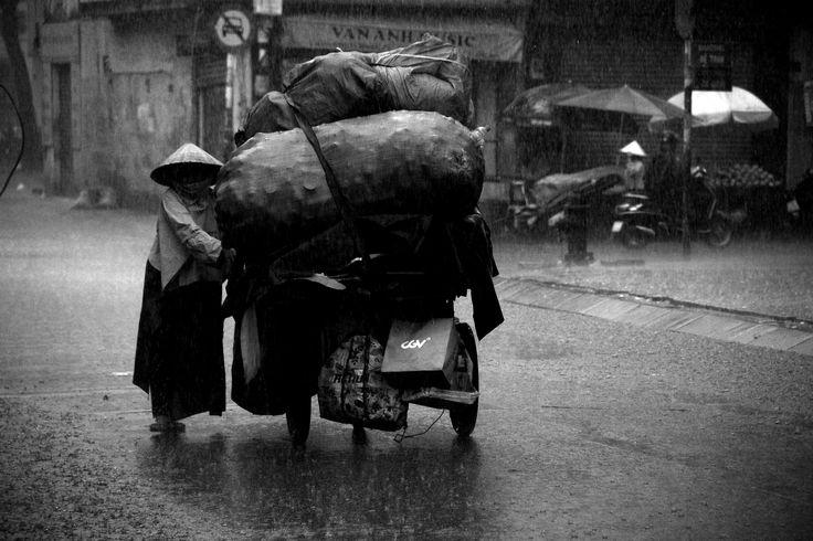 https://flic.kr/p/UCiN5o | streets of saigon