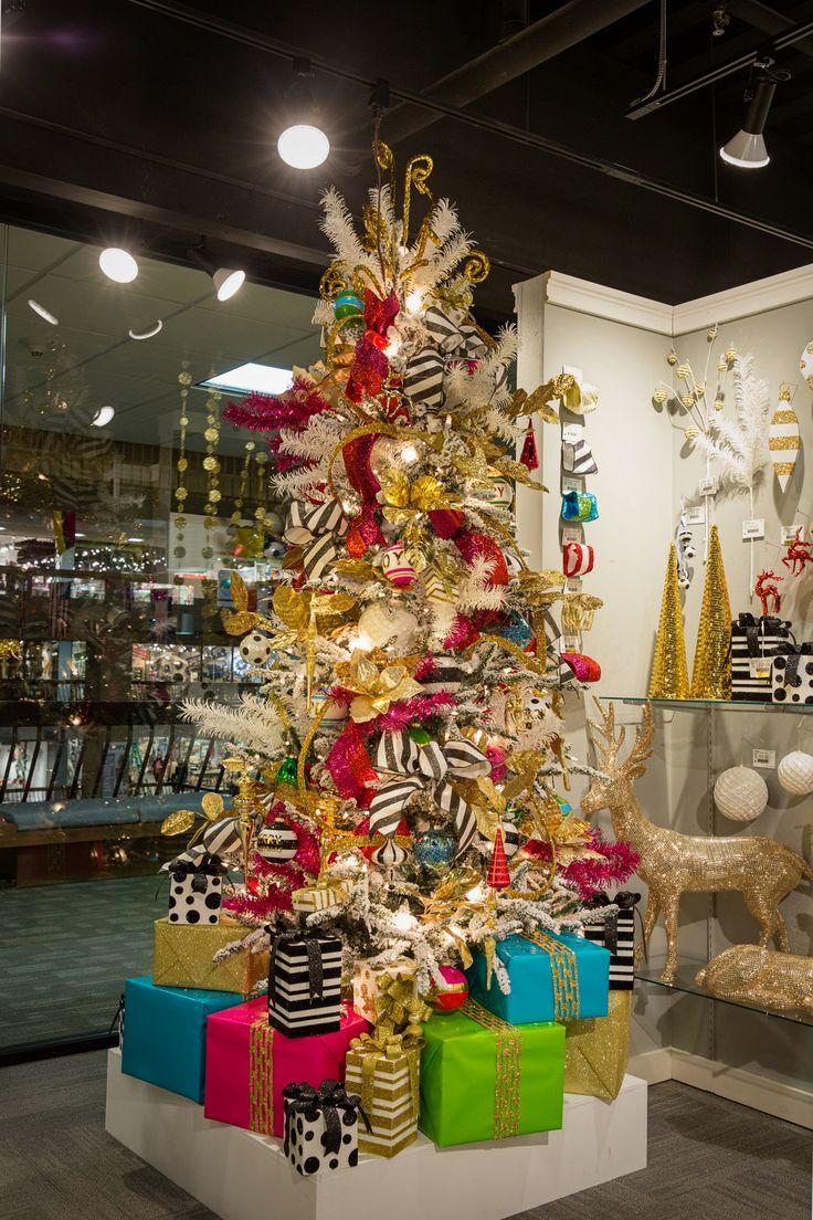 mix mingle the modern christmas tree