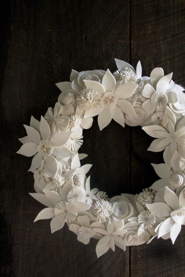 DIY :: Felted Winter Wreath :: Purl Bee