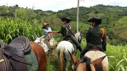 Los campesinos y sus tierras, también son nuestro #CompromisoDeCorazón #Seguridad  POLICIA DE COLOMBIA - Google+