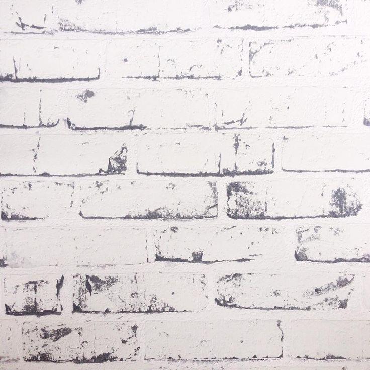 Het behang is binnen . Deze print komt tot in de nok op de grote wand van de zolder te hangen. Ik ben super benieuwd hoe het zal staan ! Wat vinden jullie van dit behang? Fijn weekend allemaal! #behang #baksteen #wallpaper #interieur #witwonen #industrieel