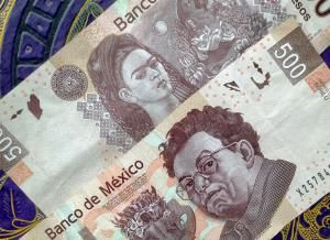 Get familiar with Mexican currency before you travel to Mexico: 500 Pesos note (issued in 2010)