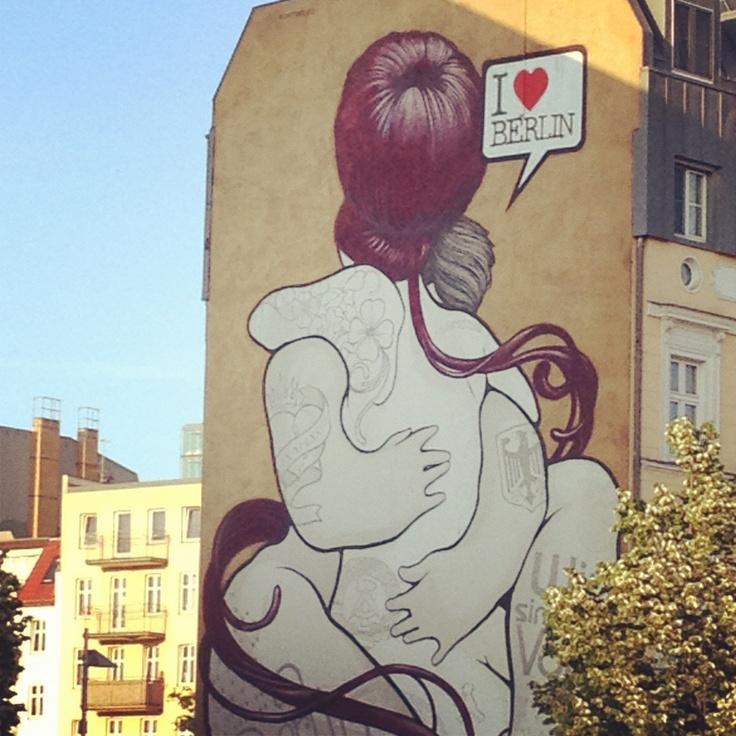 Awesome street art - Berlin - Germany