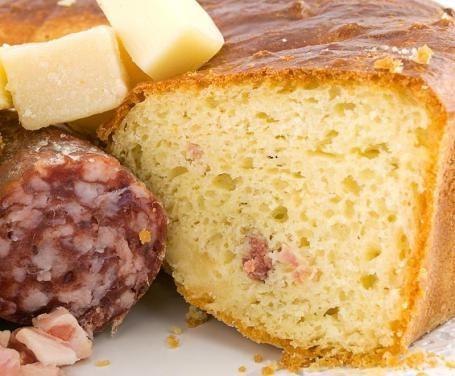Se fino a oggi avete sempre pensato che la ciambella esistesse solo nella versione dolce, dovrete ricredervi, provando la nostra deliziosa ricetta!
