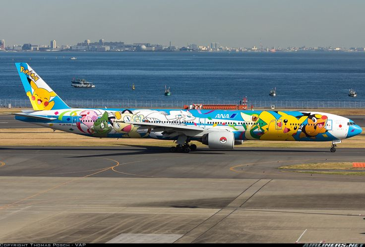 ANA Pokemon Boeing 777-381 aircraft picture