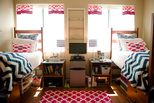 Best Pink And Blue Dorm Room Inspiration Usc Dorm Decor 400 x 300