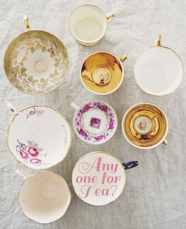 Kitchy Kitchen Decor: Vintage Tea Cups // The Kitchy Kitchen