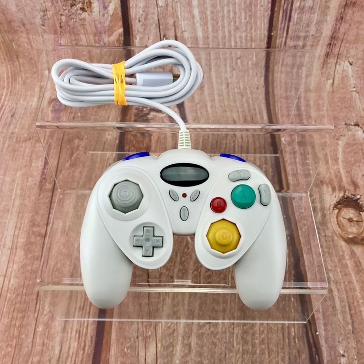 NINTENDO GAMECUBE & WII CONTROLLER GAMEPAD CONTROL GAME CONTROL PAD in White